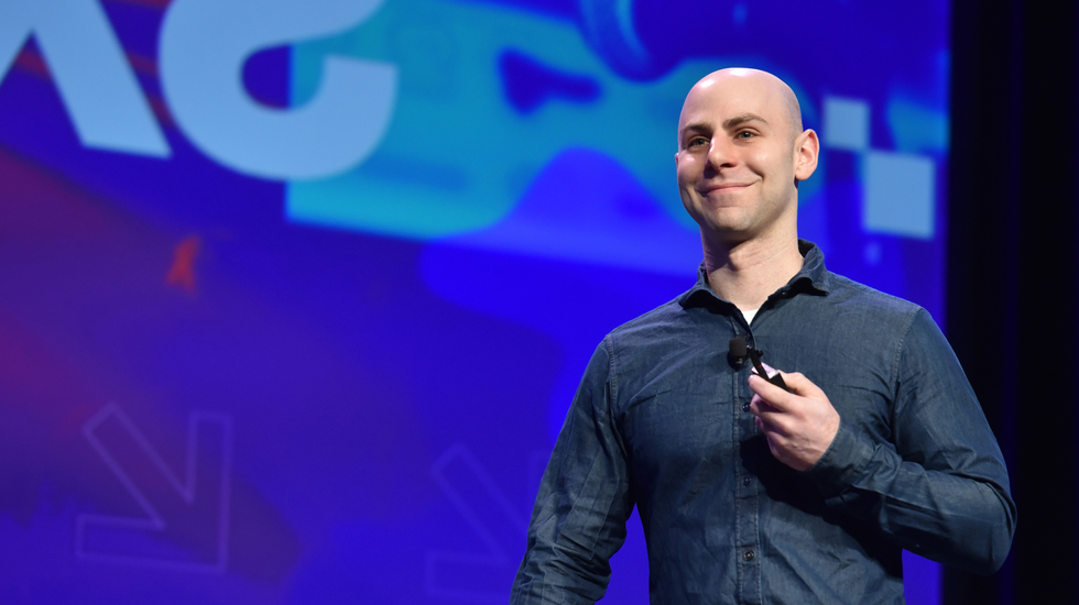 GettyImages-653042030_Adam_Grant_3_flipped-3.png