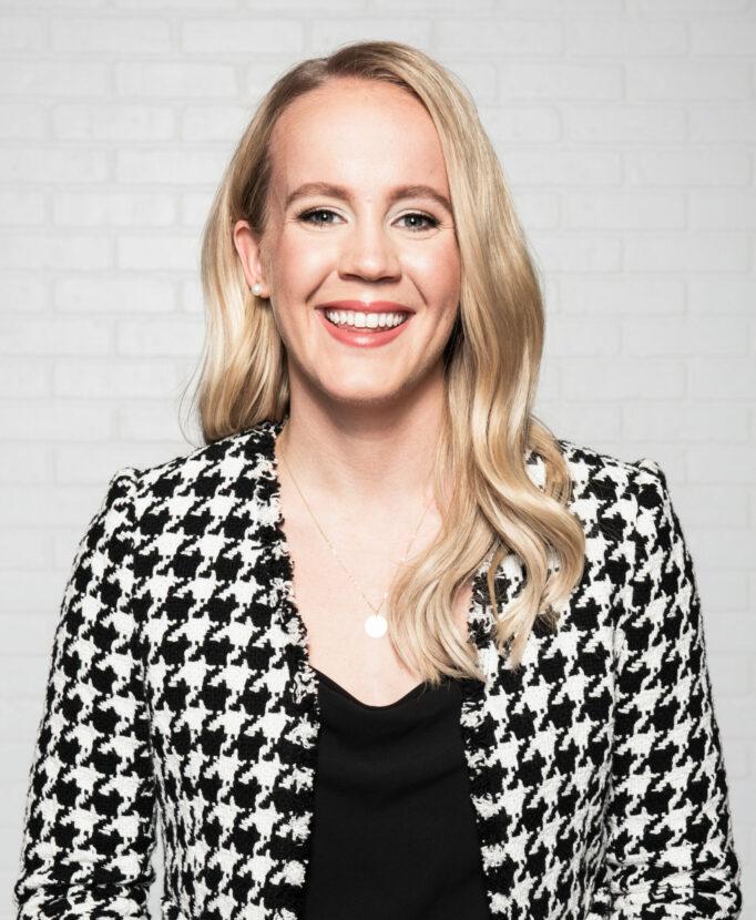 Mallory Weggemann Profile Photo